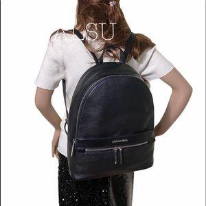 Michael Kors Kenly LG Leather Backpack Black